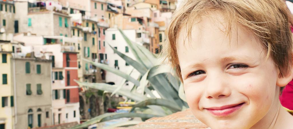 Charly dans les rues de Riomaggiore