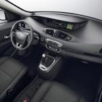 Renault Grand Scenic - manque tjs d'espace de rangement à l'avant