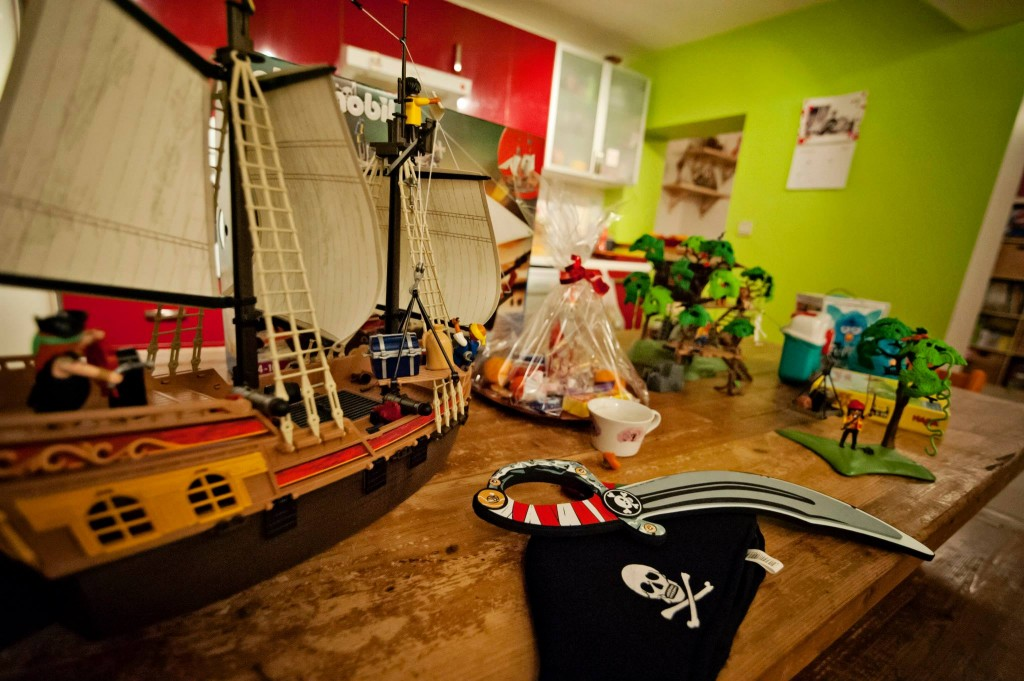 Playmobil - le bateau pirate 2013