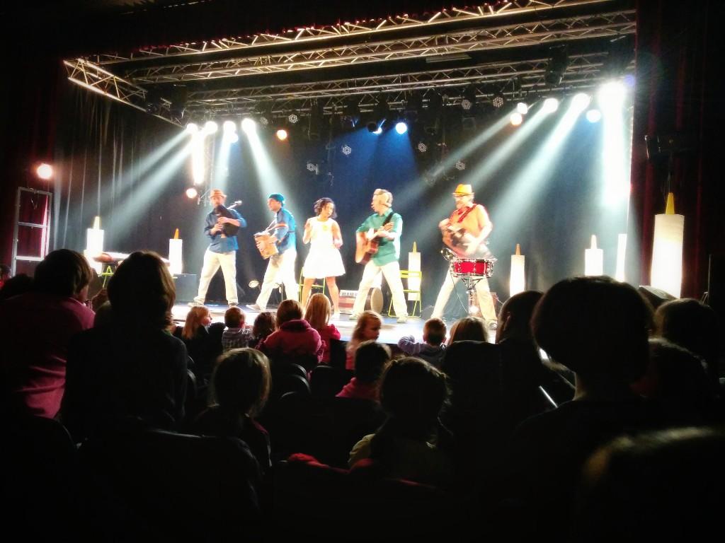 Lili et les déménageurs - concert decembre 2013 - Chenée
