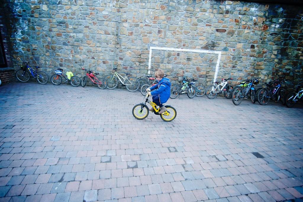 Premier tours de roue en vélo