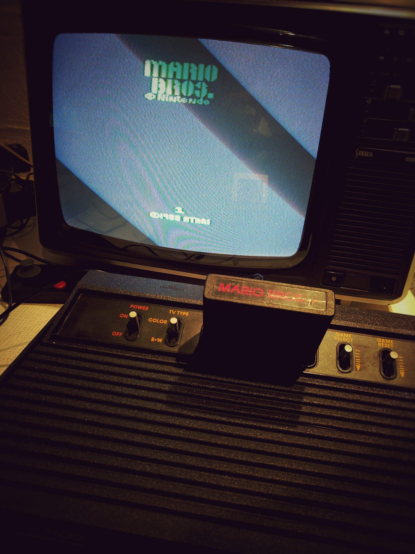 Atari 2600 sur une vielle TV
