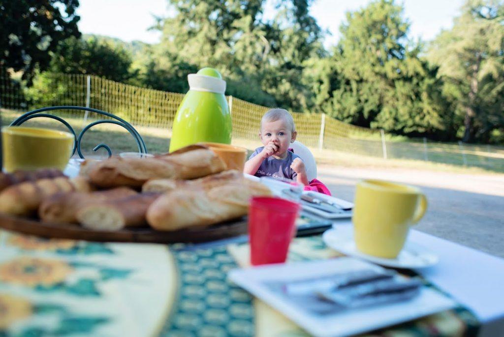 vacances 2016 - domaine de brassac - dernier petit déjeuner