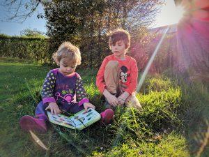Petit moment dans le jardin, mai 2017