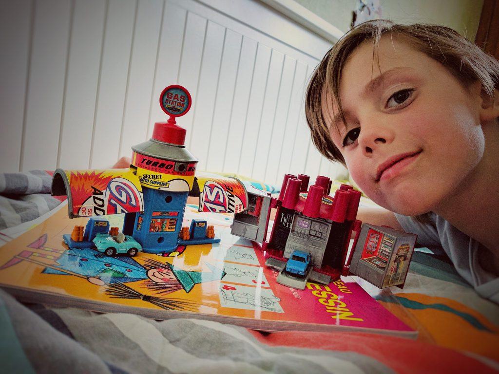 Un petit cadeau Micro Machine pour Charly, avril 2017