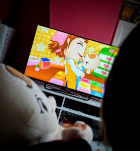 Les filles jouent à Babysitting Mama - Wii