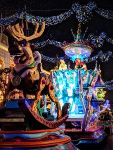 A la poursuite de Noël - Disneyland