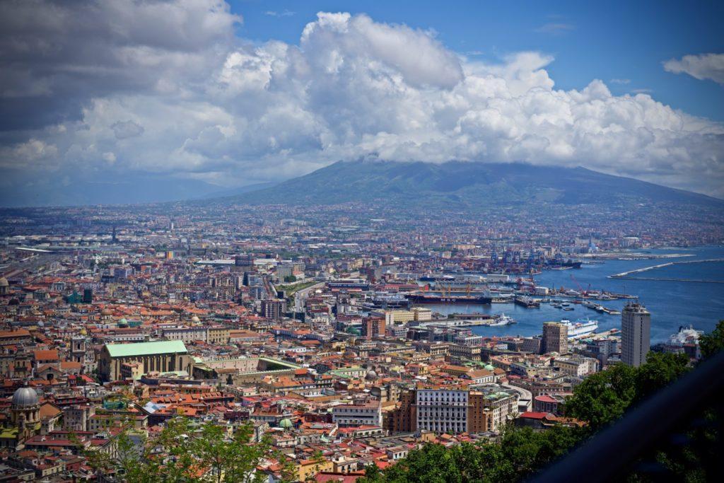 Au sommet de Napoli - Le plein de détails