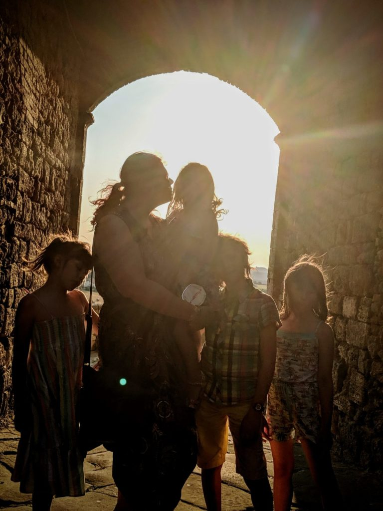 Le soleil se couche sur Rapolano Terme