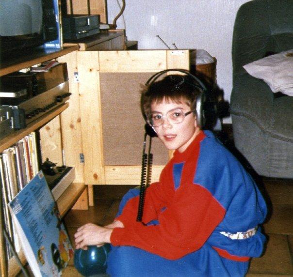 1989, j'écoute mon nouveau disque de générique TV