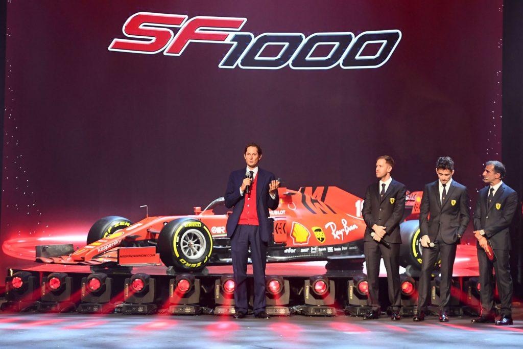 La nouvelle Ferrari SF1000 de l'allemand Sebastian Vettel et du français Charles Leclerc