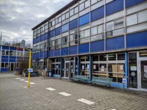 Ce n'est pas toujours le look des bâtiments qui prime, mais aussi la passion des enseignants.