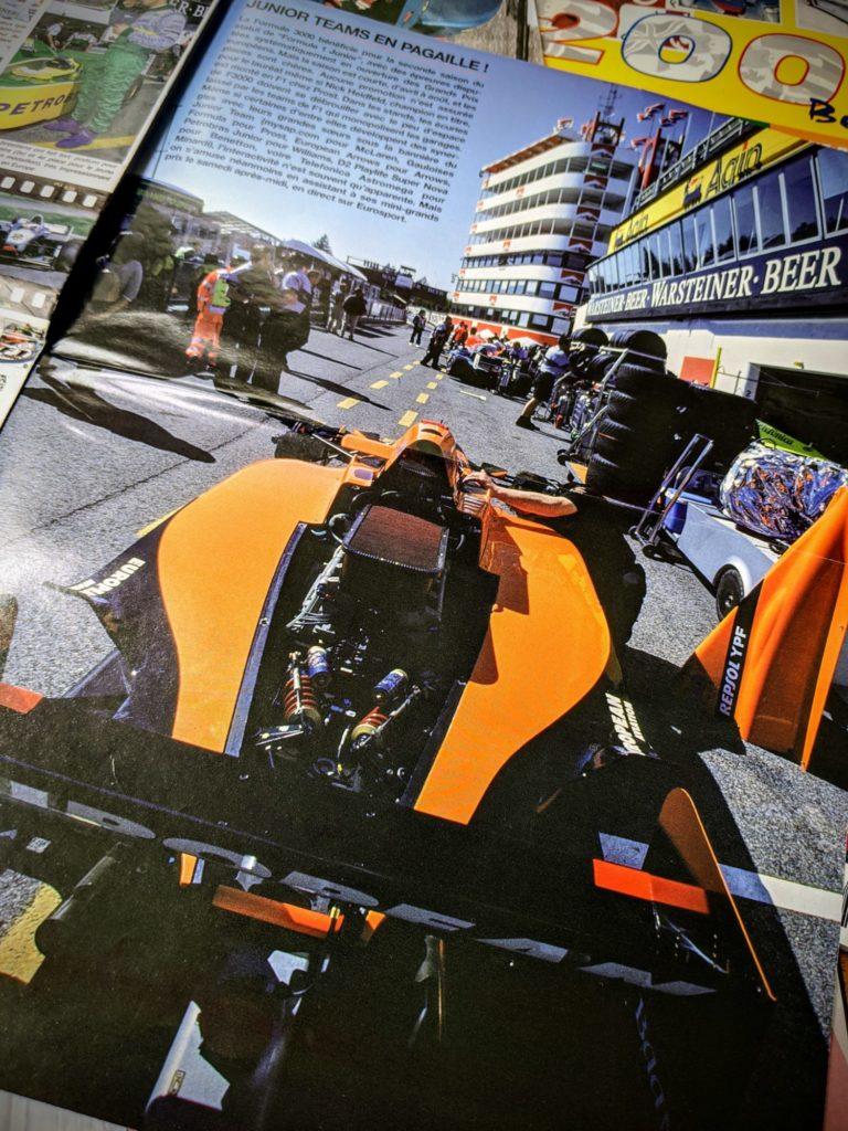 L'Arrows de Verstappen et Delarosa se pare de lignes oranges