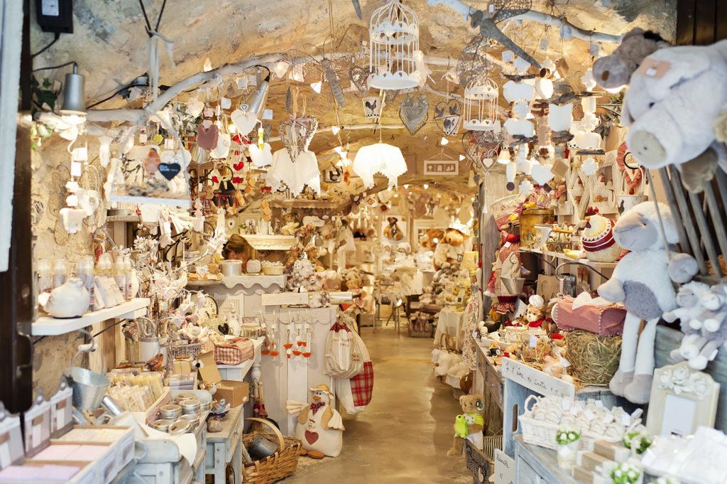 Les petites boutiques de Saint Guilhem le Désert, 2013