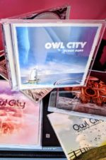 A la recherche des albums d'Adam Young – Owl City