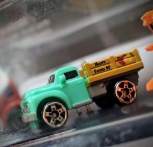Classic Pickup - Farm #1 - Micro Machines Wicked Cool Toys Hasbro, 2020