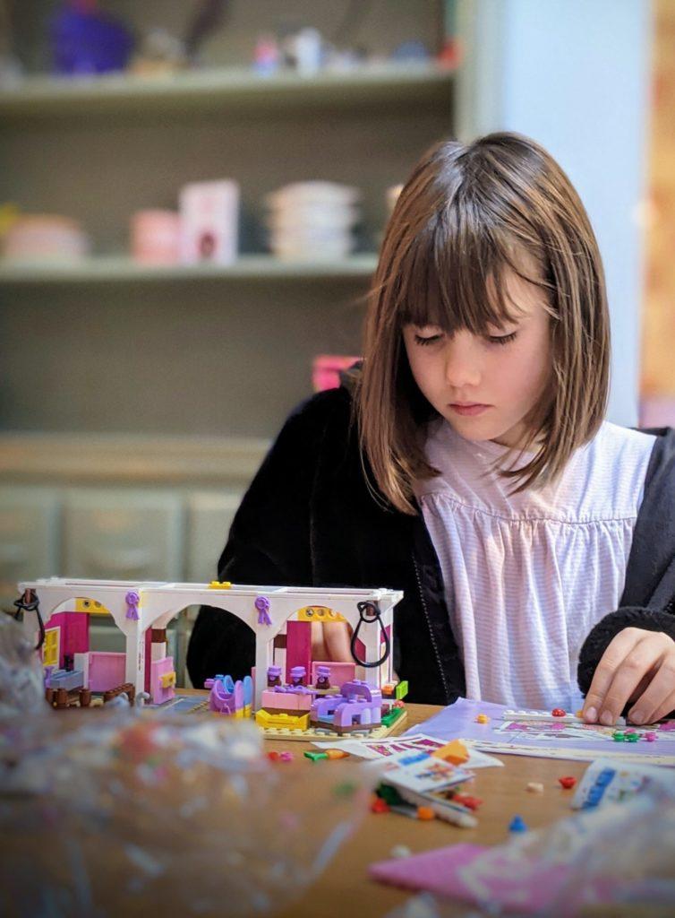 LEGO en mode construction pour l'anniversaire des filles