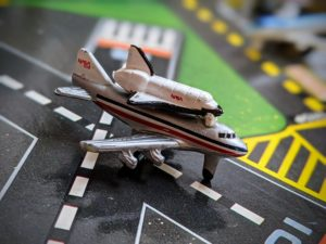 boeing 747 shuttle carrier - The Aircraft 1 - Micro Machines - Galoob, 1987