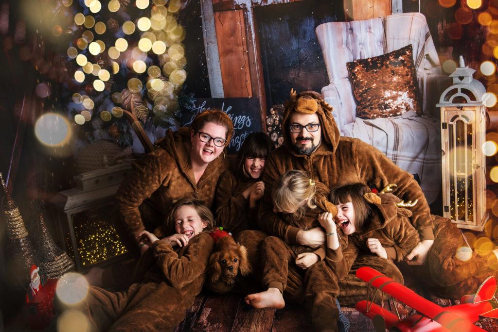 Notre famille se prépare à Noël - Petite Snorkys Photography