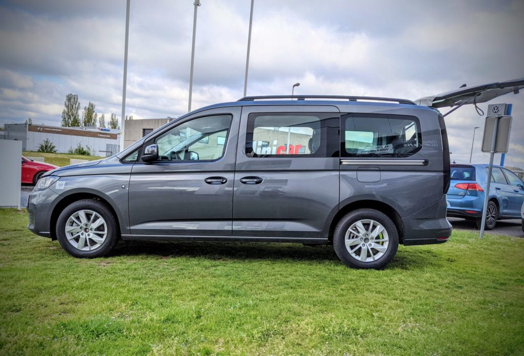 La silhouette de la nouvelle VW Caddy Maxi Life 7 Places