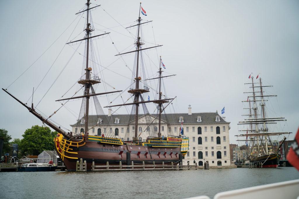 Un souvenir de l'époque propsère du commerce naval hollandais.