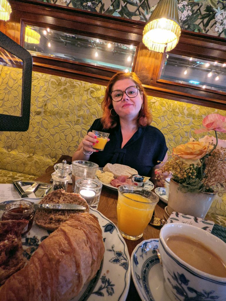 Le petit déjeuner à l'hotel Estherea, un régal !