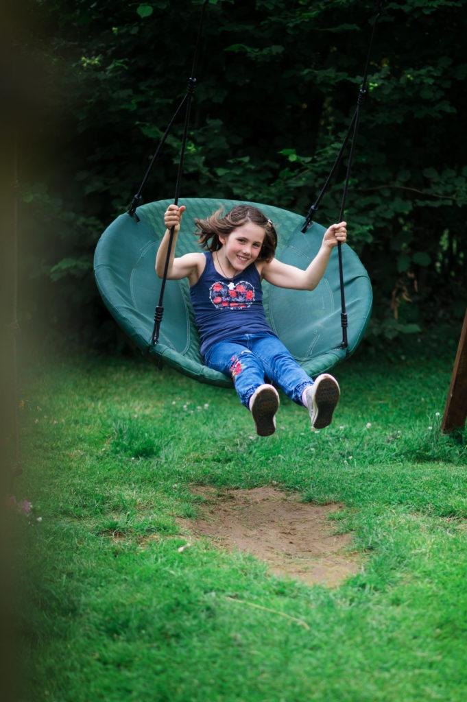 Alice sur sa balançoire - Nikon Z6II - Nikkor FX 85m 1.8 avec adapteur FTZ